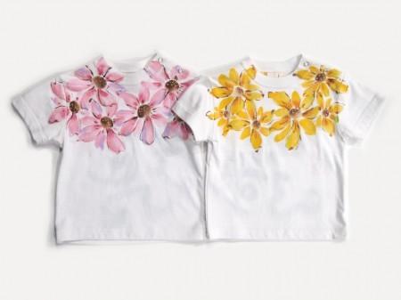 花かざりの手描きTシャツ(紺色・カーキ色不可柄)