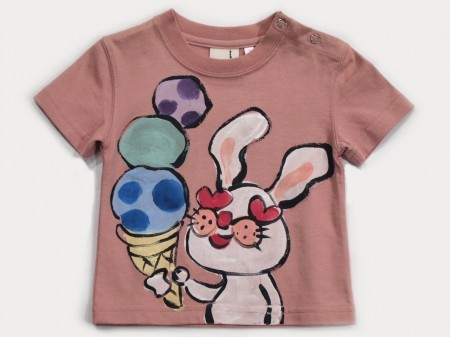 アイスクリームウサギの手描き